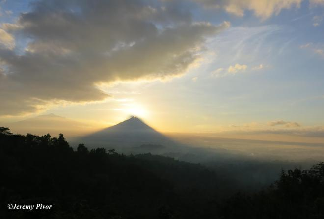 Sunrise over Merapi - CROP